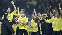 Euforie fotbalistů Dortmundu po vítězství nad Kolínem.