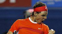 Španělský tenista Rafael Nadal se raduje z vítězství na Australian Open.