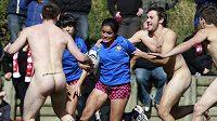 Zápas ragbyového týmu Nude Blacks a španělských Las Conquerors