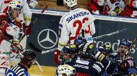 Radost hokejistů Liberce z výhry nad Slavií