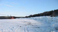 Odebraný sníh, který organizátoři SP v Liberci dováželi z Jizerských hor.