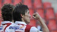 Slávista Vitalij Trubila se raduje z gólu.