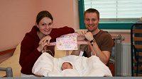 Manželé Kateřina a Matt Emmonsovi se svou dcerou Julií