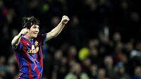 Lionel Messi z Barcelony se raduje z branky.