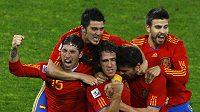 Světovému fotbalu vévodí Španělé.