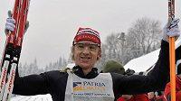 Švéd Oskar Svärd se stal potřetí v kariéře vítězem Jizerské padesátky