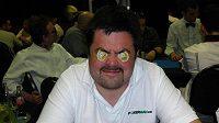 Pavel Novotný se na České Pokerové Tour ani nemusel koukat na karty.