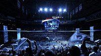 Sehant lístek na finálové utkání Stanley Cupu mezi Vancouverem a Bostonem bylo téměř nemožné.