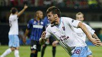 Ondřej Čelůstka se raduje z branky, kterou vstřelil do sítě Interu Milán.