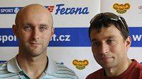Deblkanoisté Jaroslav Volf (vlevo) a Ondřej Štěpánek na pondělní tiskové konferenci před prvním nominačním závodem na mistrovství Evropy.