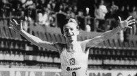 Lubomír Tesáček na snímku z 5. března 1984, kdy vyhrál na ME v Göteborgu běh na 3000 metrů.