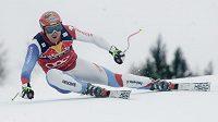 Švýcarský lyžař Didier Cuche během sjezdu v Kitzbühelu