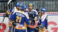 radost hokejistů Zlína v utkání se Slavií.