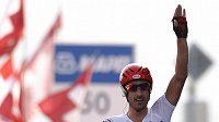 Švýcarský cyklista Fabian Cancellara se raduje z vítězství časovky na domácím mistrovství světa.