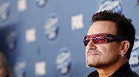 Zpěvák skupiny U2 Bono Vox
