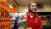 Marek Jankulovski při křtu kalendáře Český fotbal pro život bez bariér 2010.