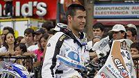 Italský motocyklista Luca Manca v Buenos Aires před startem Rallye Dakar.