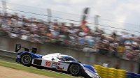 Vůz Lola-Aston Martin české stáje Charouz Racing System při závodu 24 hodin Le Mans.