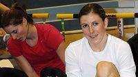 Zuzana Hejnová se při pětiboji na HME v Paříži může potkat i s Eliškou Klučinovou (vlevo).