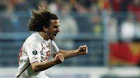 Petr Jiráček se raduje z vítězného gólu v Černé Hoře, kterým pojistil postup na EURO 2012.