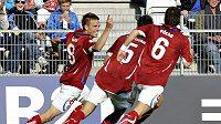 Budou se takto česká lvíčata radovat i dnes po zápase s Běloruskem?
