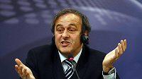 Předseda UEFA Michel Platini.