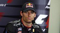 Australan Mark Webber prodloužil smlouvu s Red Bullem o další rok.