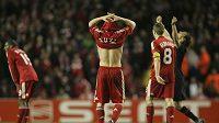 Zklamaní fotbalisté Liverpoolu - ilustrační foto.