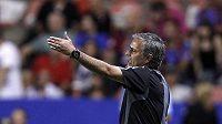 Trenér Realu José Mourinho si má se svými hráči co vyjasňovat...