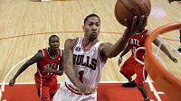 Nejmladší hvězda Bulls Derrick Rose má za sebou skvělou sezónu.