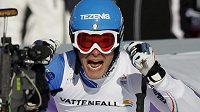 Christof Innerhofer se raduje po dojezdu superobřího slalomu.