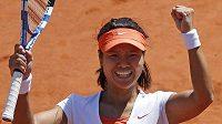 Číňanka Li Na si zahraje druhé grandslamové finále v sezóně.