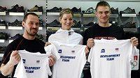 Na vývoji oblečení pro olympiádu v Londýně se podílejí také (zleva) horolezec Petr Mašek, basketbalistka Eva Vítečková a skifař Ondřej Synek.