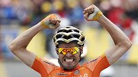 Samuel Sánchez se raduje z prvního vítězství na Tour.