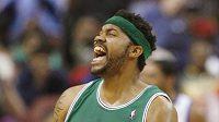 Hráč Boston Celtics Rasheed Wallace se raduje