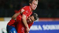 David Limberský je nahoře. Po výkonu proti Schalke obrazně i doslova.