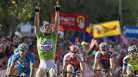 Německý cyklista Andre Greipel se raduje z vítězství 16. etapy Vuelty.