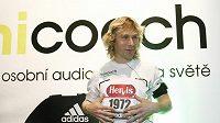 Pavel Nedvěd poběží s číslem 1972 značícím rok jeho narození.