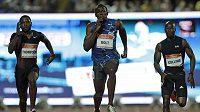 Jamajčan Usain Bolt (uprostřed), si doběhl pro vítězství na 100 m v při mítinku v Záhřebu v maximu sezóny 9,85 s.