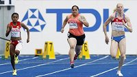 Atletka z Americké Samoy Savannah Sanitoaová na MS v Berlíně