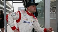 Zkušený pilot Tomáš Enge je spokojený se změnami, které tým Young Driver AMR provedl po prvním závodě na voze Aston Martin DBR9.