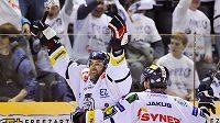 Hlavní hvězdou Liberce je útočník Petr Nedvěd, který má na kontě spoustu sezón v NHL