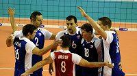 Čeští volejbalisté během zápasu na mistrovství světa v Anconě