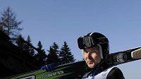 Finský skokan na lyžích Matti Nykänen se po 21 letech vrátil na můstky v Harrachově.