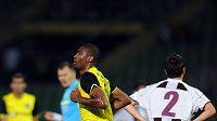 Leonard Kweuke se raduje z gólu do sítě Sarajeva