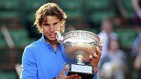 Finále French Open mezi Nadalem a Federerem