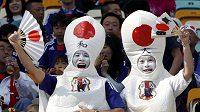Japonští fanoušci.