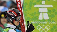 Pavel Churavý po soutěžním skoku na olympiádě ve Vancouveru.