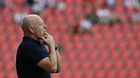 Trenér Karel Jarolím to ve Slavii ještě neodpískal. Nabídl sice rezignaci, ale klubové vedení ji nepřijalo.
