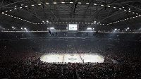 Zaplněná Veltins Arena v Gelsenkirchenu při hokejovém utkání USA - Německo